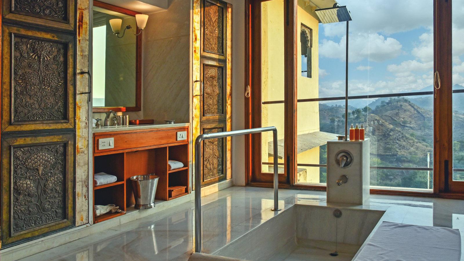 Aravalli-Suite-RAAS-Hotel-devigarh-Rajasthan-01