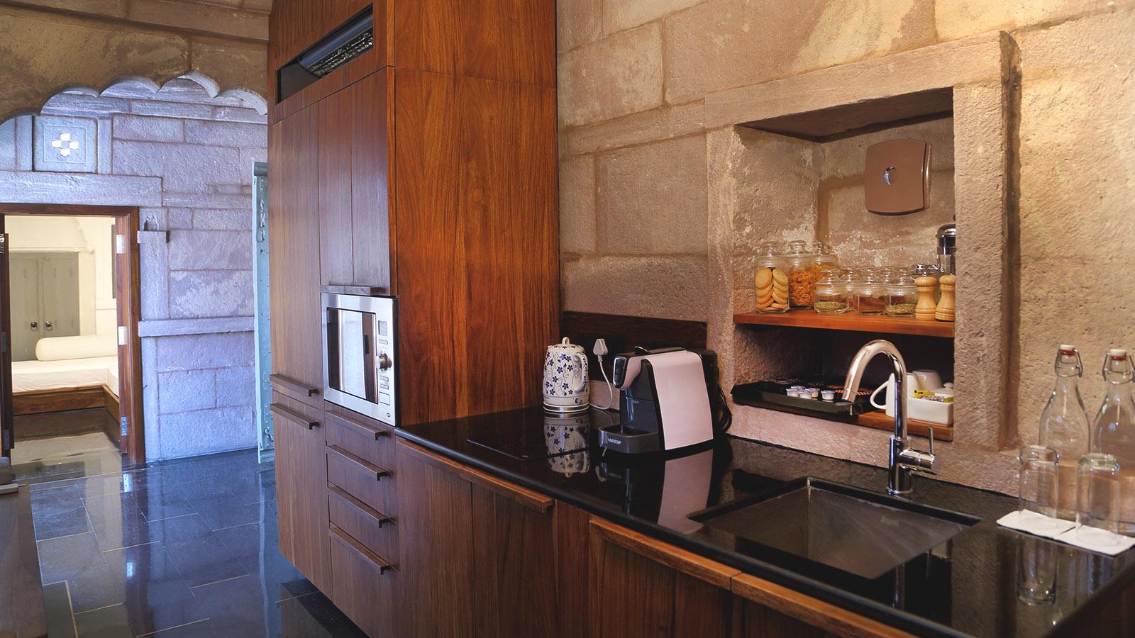 Stepwell-Suite-RAAS-Hotel-Jodhpur-Rajasthan-02