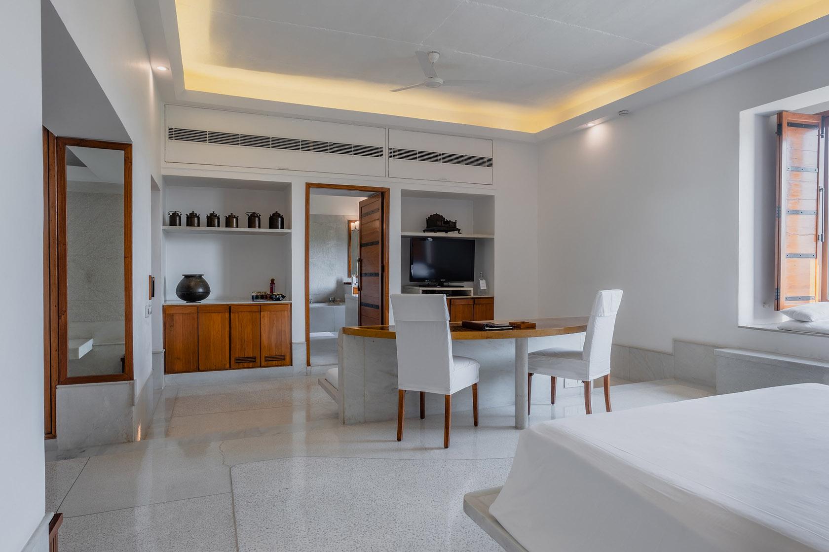 RAAS Devigarh Aravali Suite