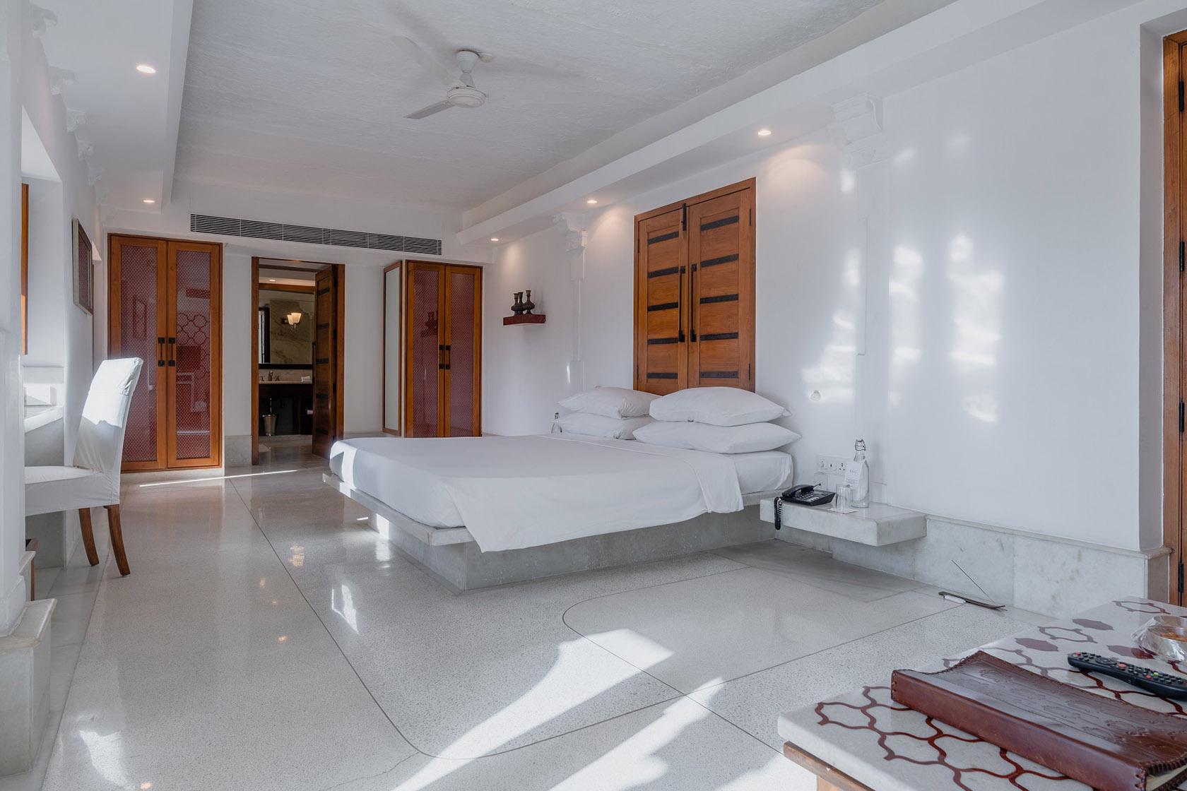 RAAS Devigarh Palace Suite