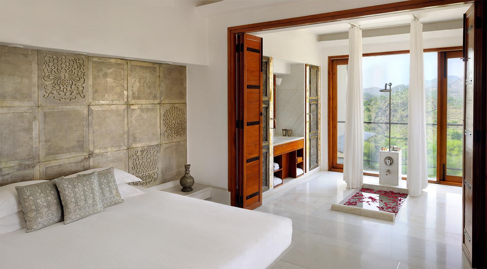 Aravali Suite RAAS Devigarh